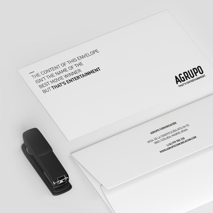 Aplicación de la nueva identidad corporativa diseñada por Aracnofobia a papelería